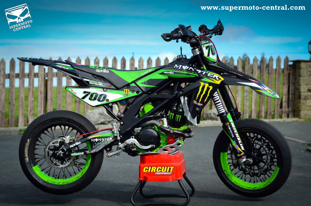 furthermore 8213 further Kawasaki klr650 2093 also Suara Turbo Buatan Knalpot Mobil Motor in addition Lambo Car. on klx 650 racing