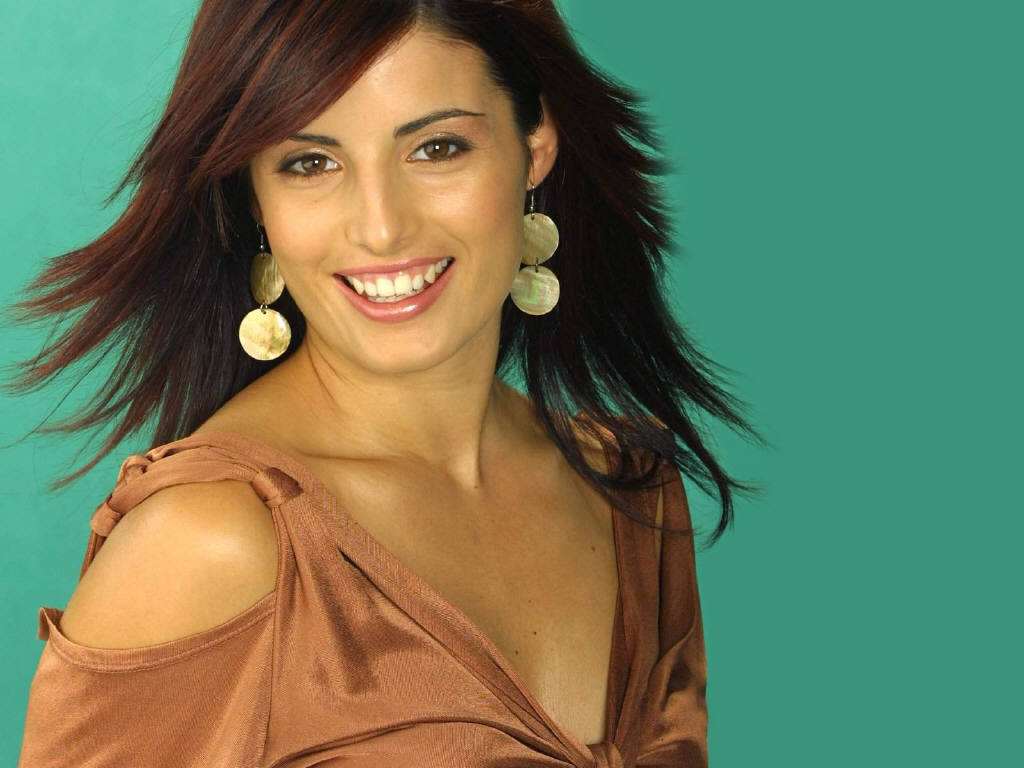Ada Nicodemou wallpaper