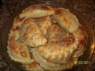 Empanadas de Choclo con Queso y Cebolla