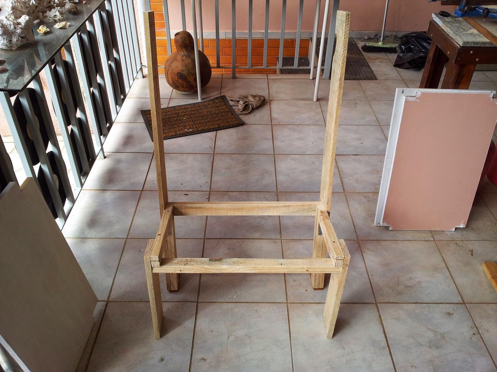 Oficina do Quintal: Como fazer banco de madeira com encosto #A66125 1600x1200
