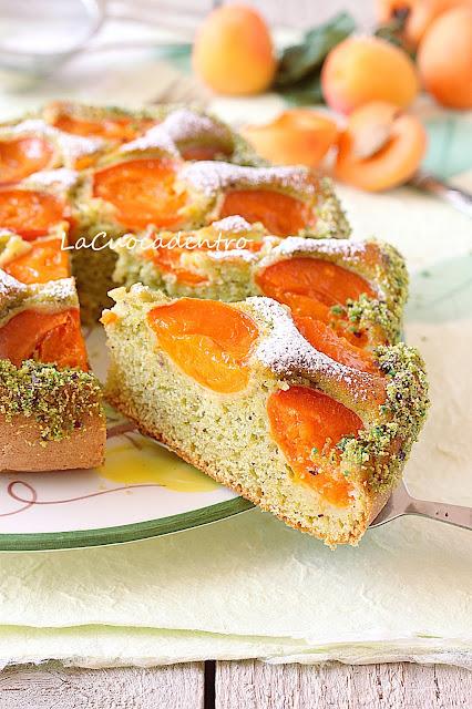 torta di pistacchi e albicocche