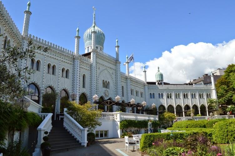 Tivoli, Copenhagen, amusement park, Denmark, Dánsko, Nimb hotel, zábavní park pouť