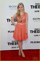 joey king sierra mccormick this end premiere 05.jpg