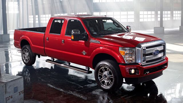 2013 Ford F-Series Super Duty front