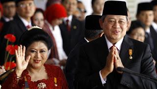 SBY dan ibu Ani Yudhoyono