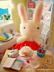 """Flossy Bakes a Birthday Cake"""