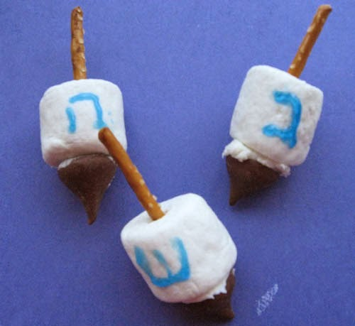 Marshmallow dreidel hannukah chanukah
