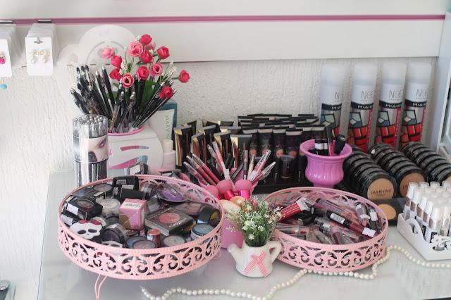 venda de maquiagem