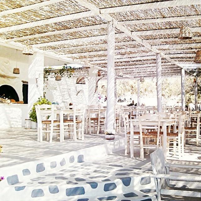 Instagram @lelazivanovic Ios Greece. Koumbara taverna, Ios. Where to eat in Ios.