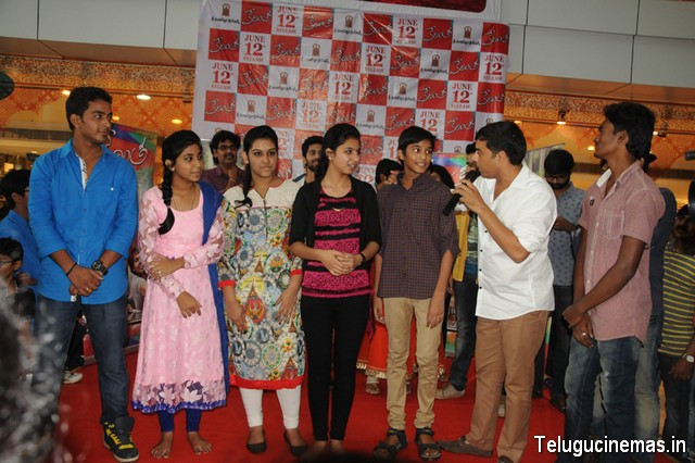 ''Kerintha'' movie team at  CMR shopping mall today , visakhapatnam, Dil Raju Kerintha in Vishakapatnam ,Kerintha Team in Vsp