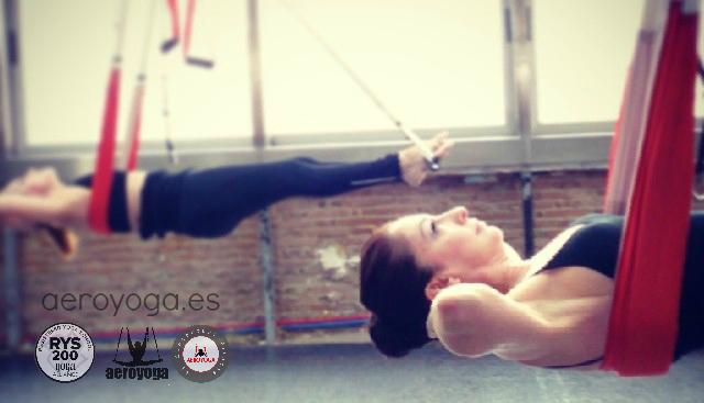 Formaci n profesores yoga a reo barcelona madrid aeroyoga for Aereo barcelona paris