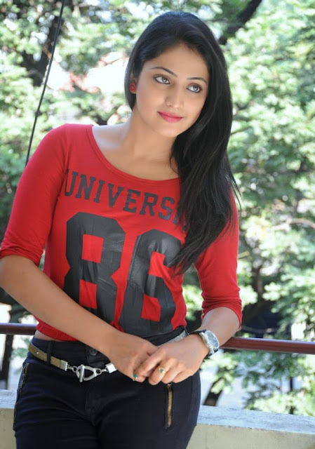 Haripriya Latest Stills 4.jpg