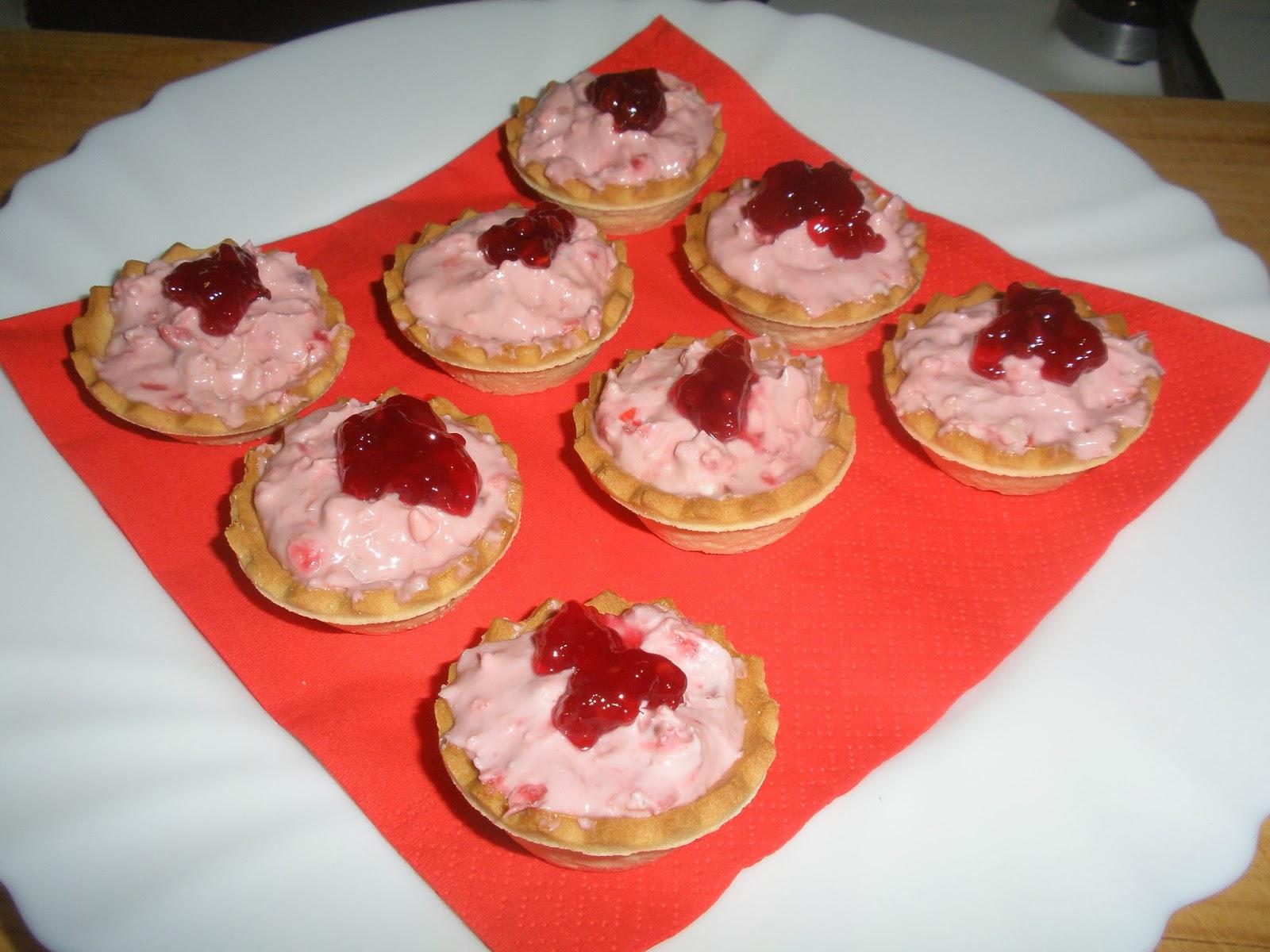 Las recetas de pepejo canap s de crema de roquefort y for Que es un canape