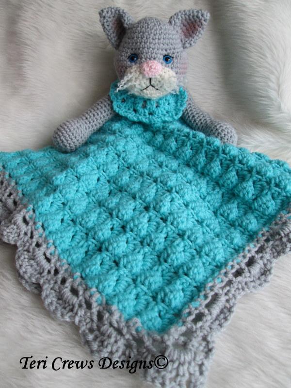 Teris Blog: Cat Huggy Blanket Pattern