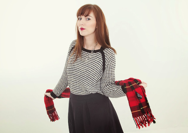 black-white-red-monochrome-tartan-knitwear