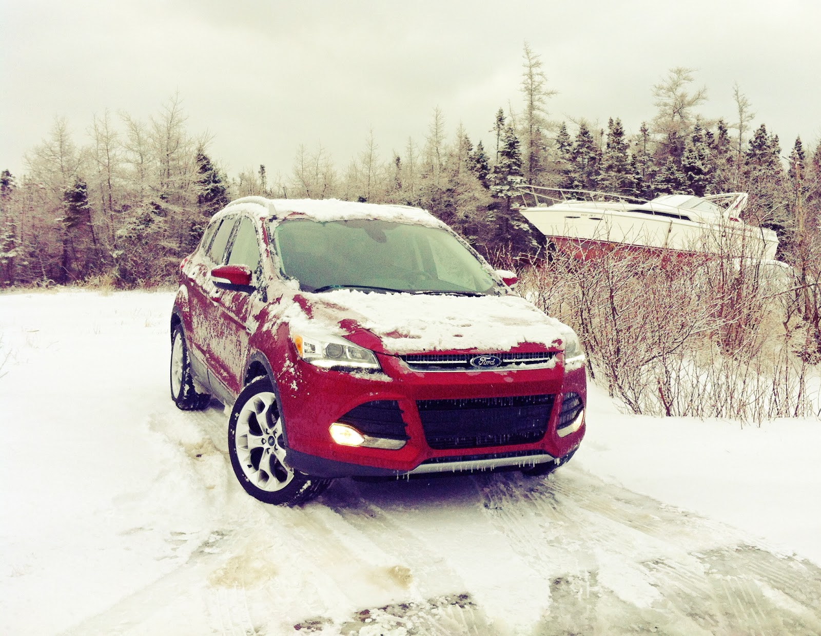 2015 Ford Escape Titanium AWD red boat