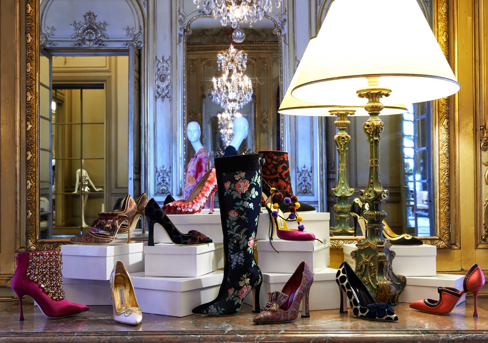 Manolo Blahnik Autumn/Winter 2014-2015 at the Made in Spain: La mode au - delà des frontières exhibit