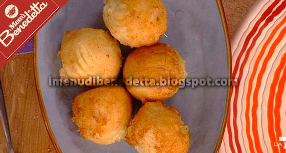 Crocchette di patate acciughe e mozzarella la ricetta di for Mozzarella in carrozza parodi