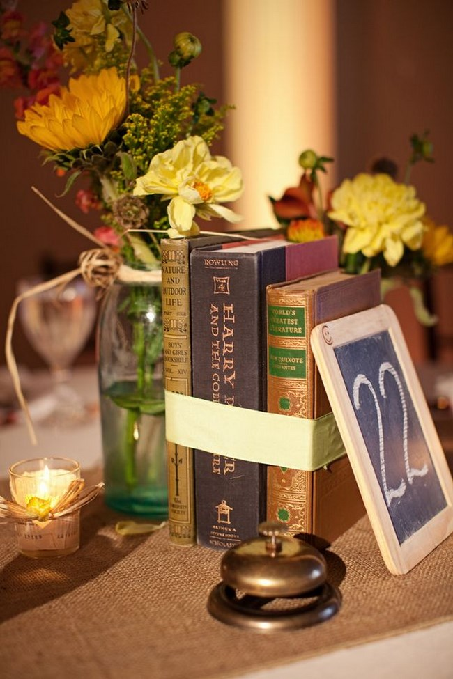 centros de mesa con libros