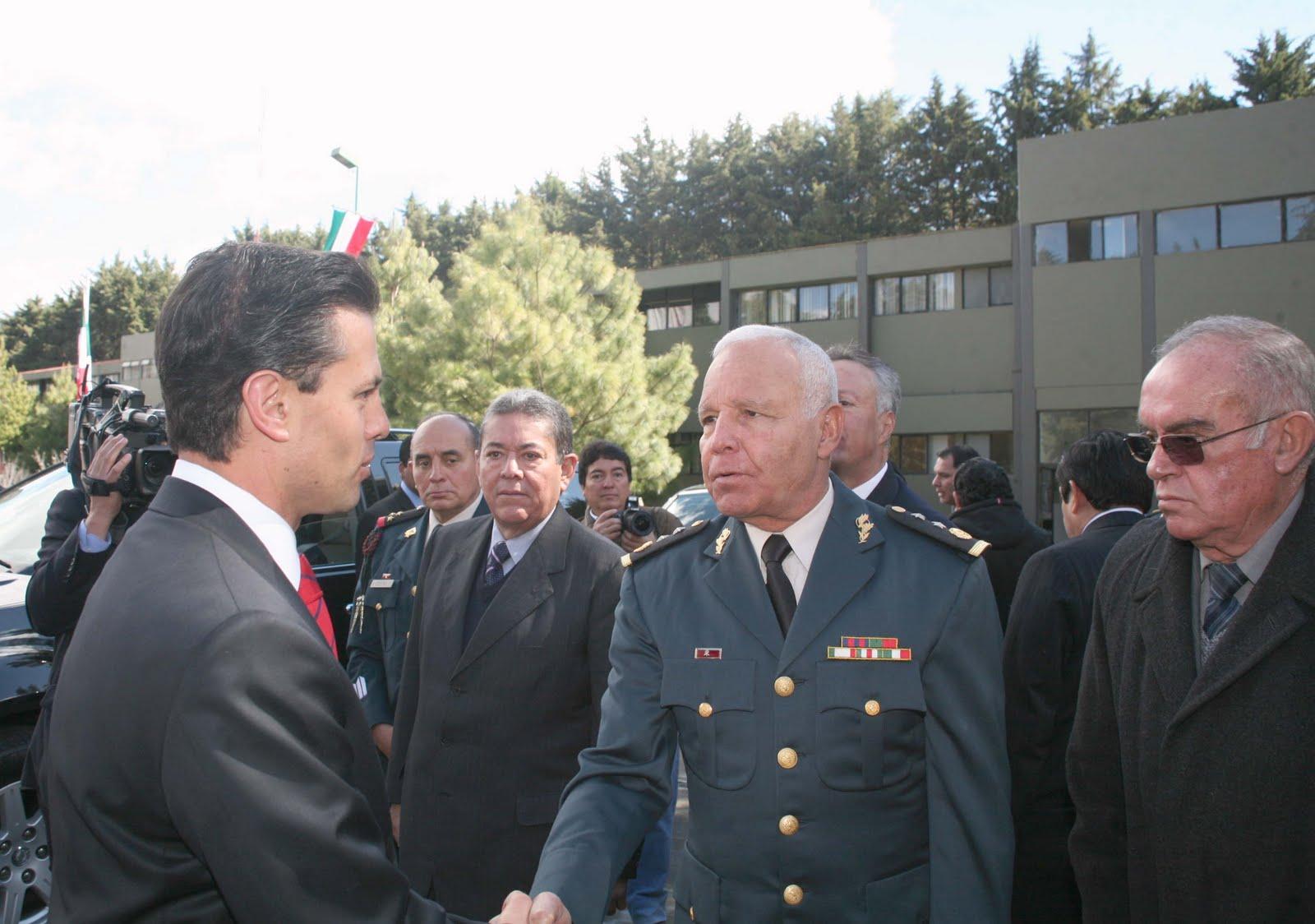 Teotihuacan en l nea enrique pe a nieto y el secretario for Puerta 7 campo de mayo