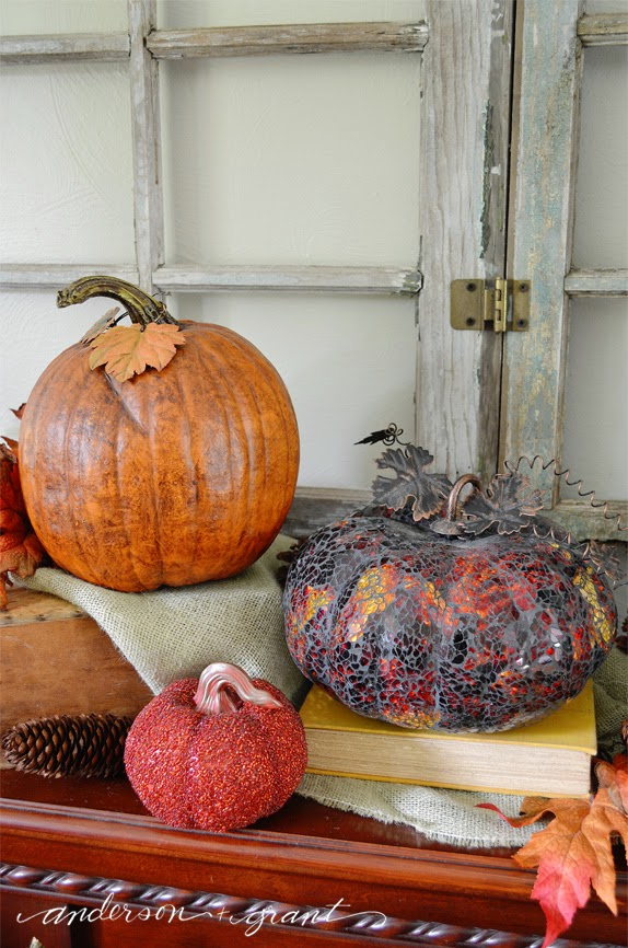 10 Ways to Decorate with Pumpkins - Mix Them Up| www.andersonandgrant.com