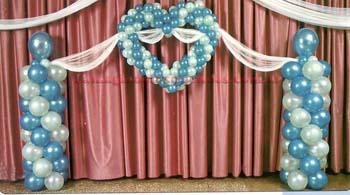 Decoracion con globos decoracion con globos para 15 a os for Decoracion con globos para xv anos