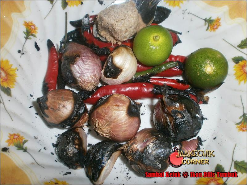 sambal ketuk, sambal gesek, ikan bilis tumbuk, sambal ikan bilis, cara buat sambal ketuk, resepi sambal ketuk, resepi, ikan bilis,