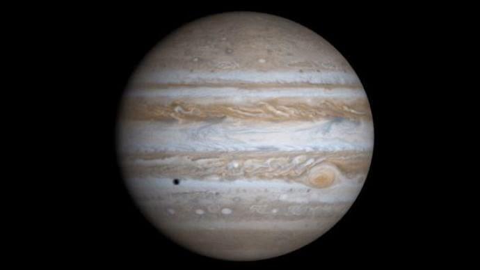 Júpiter pode ter 'varrido' primeira geração de planetas
