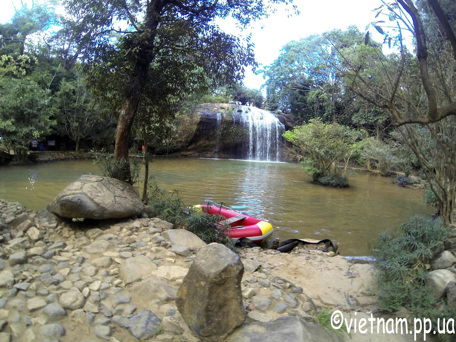 Водопады Далат