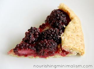 Simple Desserts: Blackberry Crostata - Nourishing Minimalism
