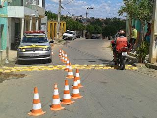 Acopiara: Após vários acidentes  STtrans implanta redutores de velocidade na rua Bom sucesso