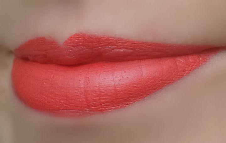 stila look at me liquid lipstick in Venezia lip swatch swatches