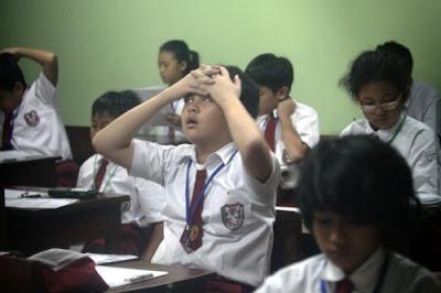 Pembuat Soal Ujian Sekolah 2016 dan Kriterianya
