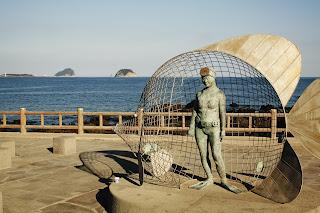 法環村的海女雕像