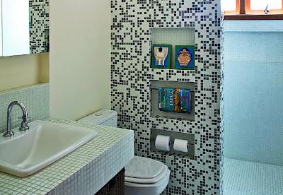 Banheiros Decorados pequeno com pastilha