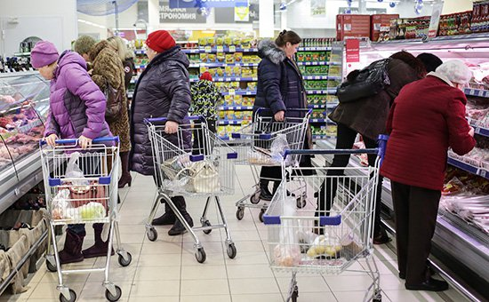 Настоящая инфляция: как и на чем экономит средний класс