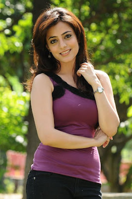 hot Nisha Agarwal
