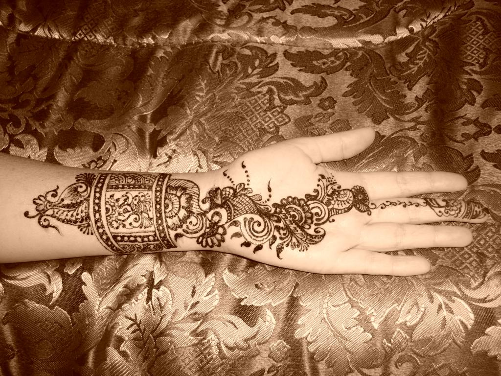 Arabic Henna Tattoos Mehndi Creation