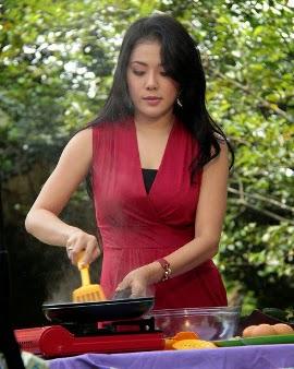 5 Chef Wanita Indonesia Yang Cantik Dan Seksi