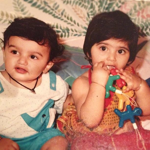 Bollywood Actress Sonam Kapoor Childhood Pics - MERE PIX