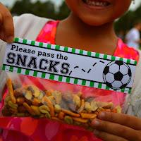 http://sweetmetelmoments.blogspot.com/2015/10/game-day-snacks-free-printable-snack.html
