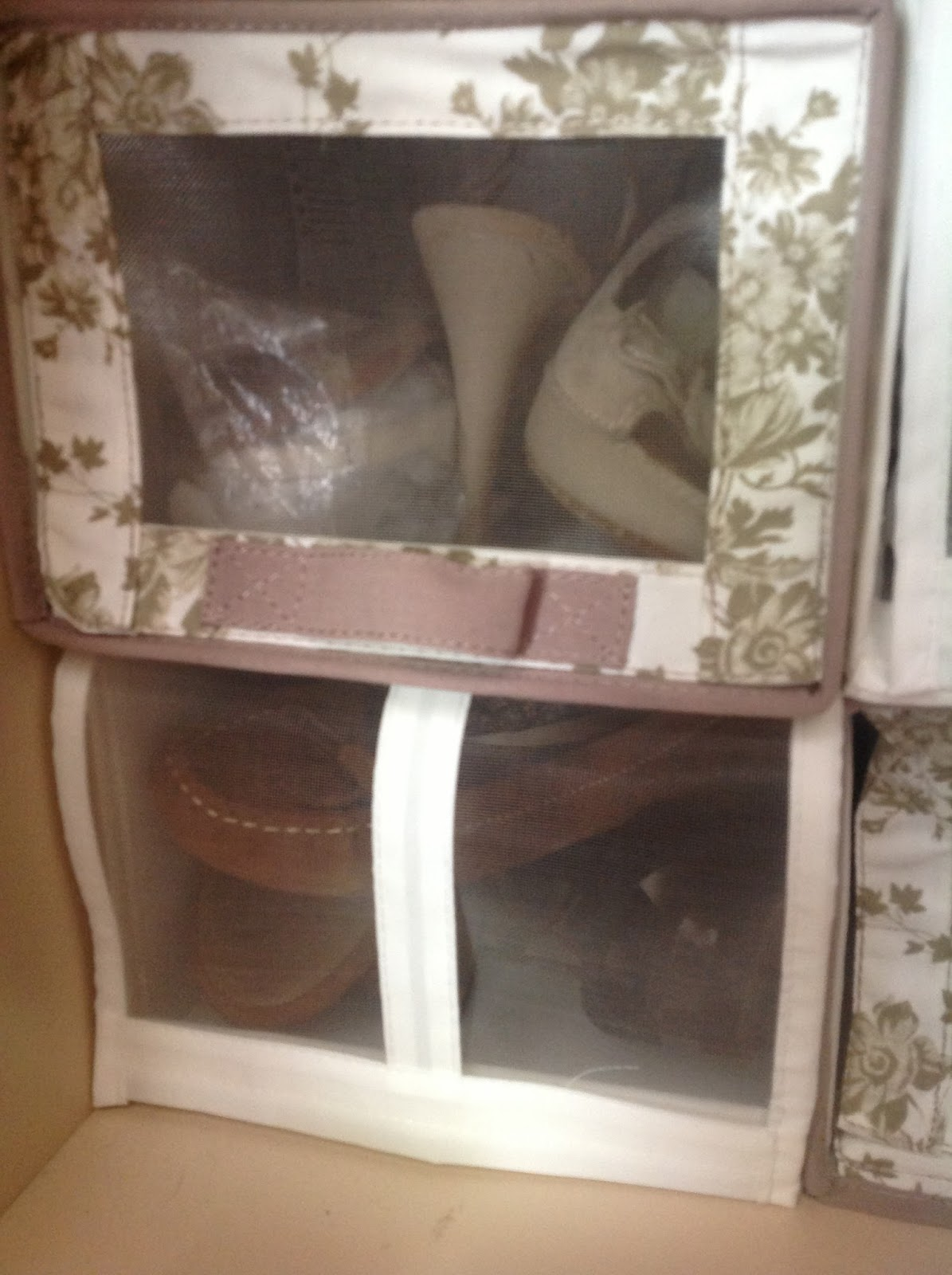 Votre miroir ordena tu armario paso a paso for Perchas blancas ikea