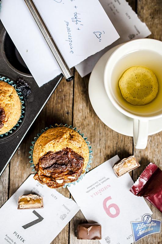 Muffinki z sosem karmelowym