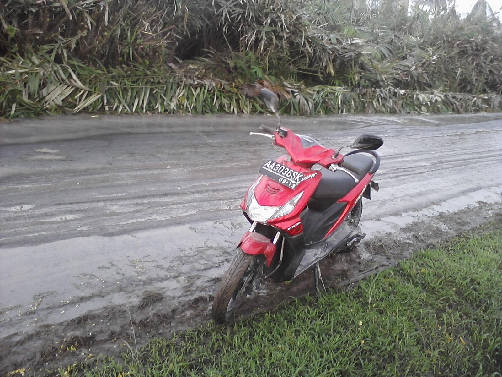 Pereng Motorcycle Bensin Rp 3000 Dari Klaten Sampai Magelang Pakai All New Cbr 150r Racing Red Honda Beat