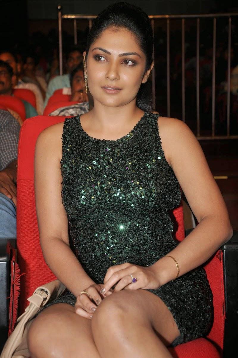 Kamalini Mukerjee latest glam pics-HQ-Photo-13