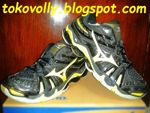 Sepatu Volly Terbaru dan Termurah 38fcdcc512