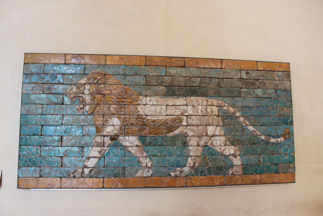 Lion art on the bricks in Lourve Museum in Paris, France