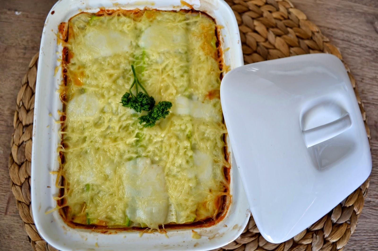 lasagnes, courgettes, viande hachée, tomacouli, mozzarella