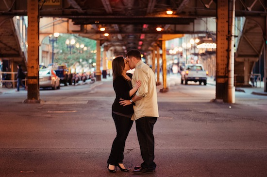 Streets of Chicago Engagement Session | Luna Bella Photography | Lovebird Productions Blog