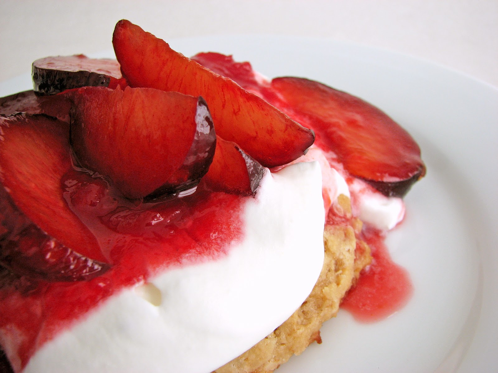 :pastry studio: Oatmeal Shortcake with Plums
